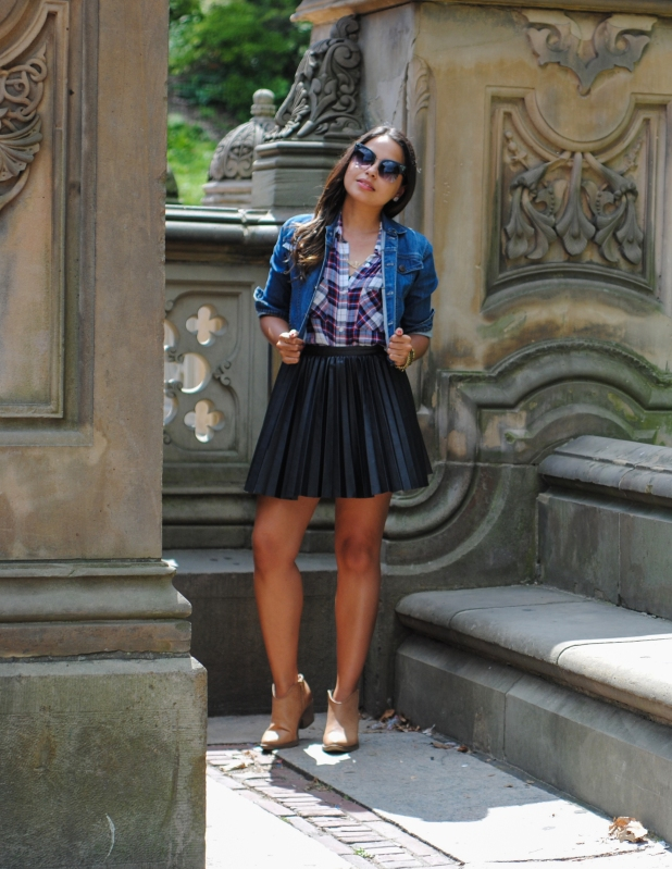 "Meet Lisa Rosado, one of our bloggers for ""The Next Level; Life + Fashion"" issue!"