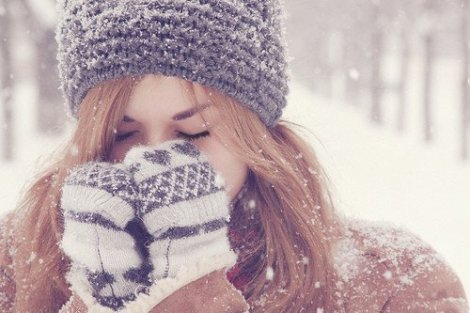 christmas-cold-girl-head-lash-Favim.com-248265